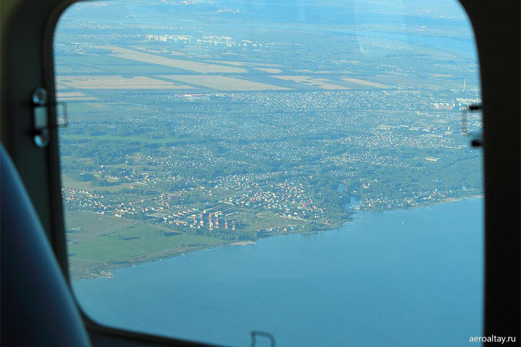 Поселок на берегу Новосибирского водохранилища