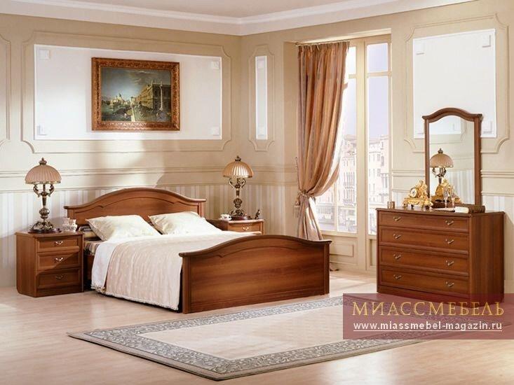 фото спальных гарнитуров в светлых тонах