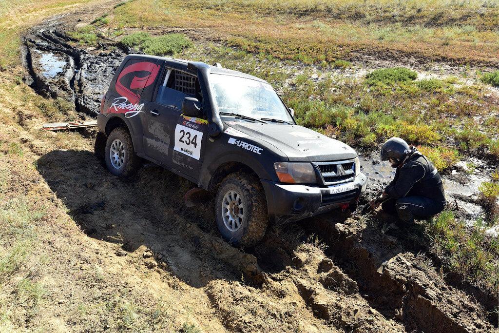 Mitsubishi Pajero Олег Максимов Suprotec Racing