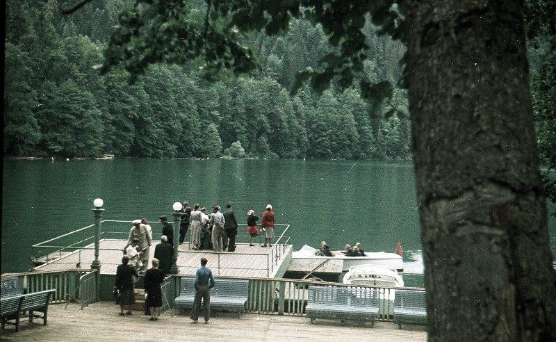 1952 Из серии «Озеро Рица». Владислав Микоша8.jpg