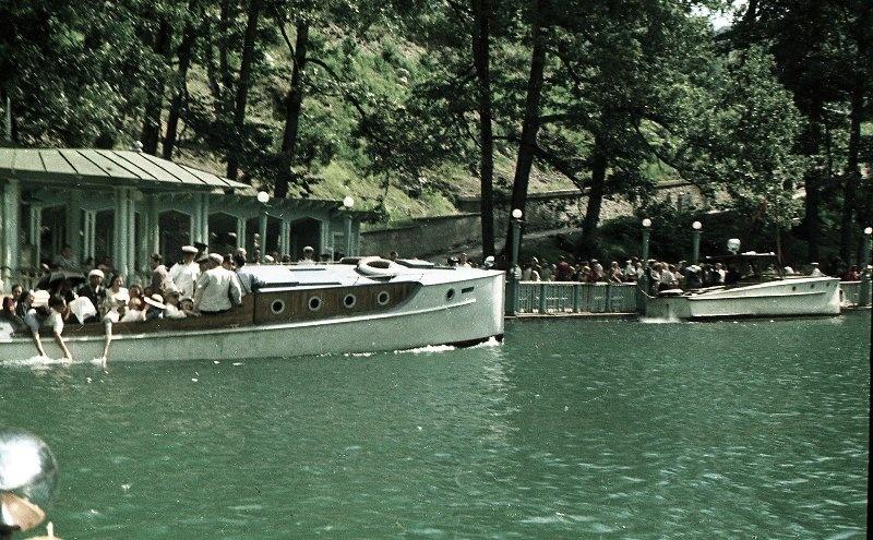 1952 Из серии «Озеро Рица». Владислав Микоша11.jpg