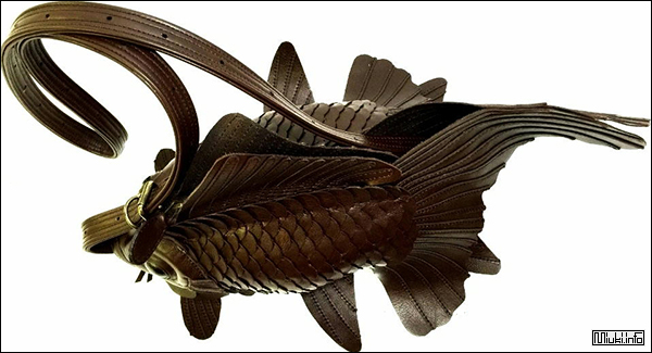 Atelier IWAKIRI. Стильные сумки в виде золотых рыбок от японского дизайнера
