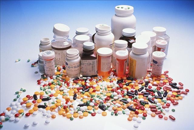 Кабмин утвердил список фармацевтических средств для закупки международными организациями