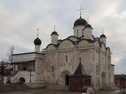 Собор Введения во храм Пресвятой Богородицы