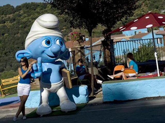 Деревня смурфов (Smurf Village). Испания