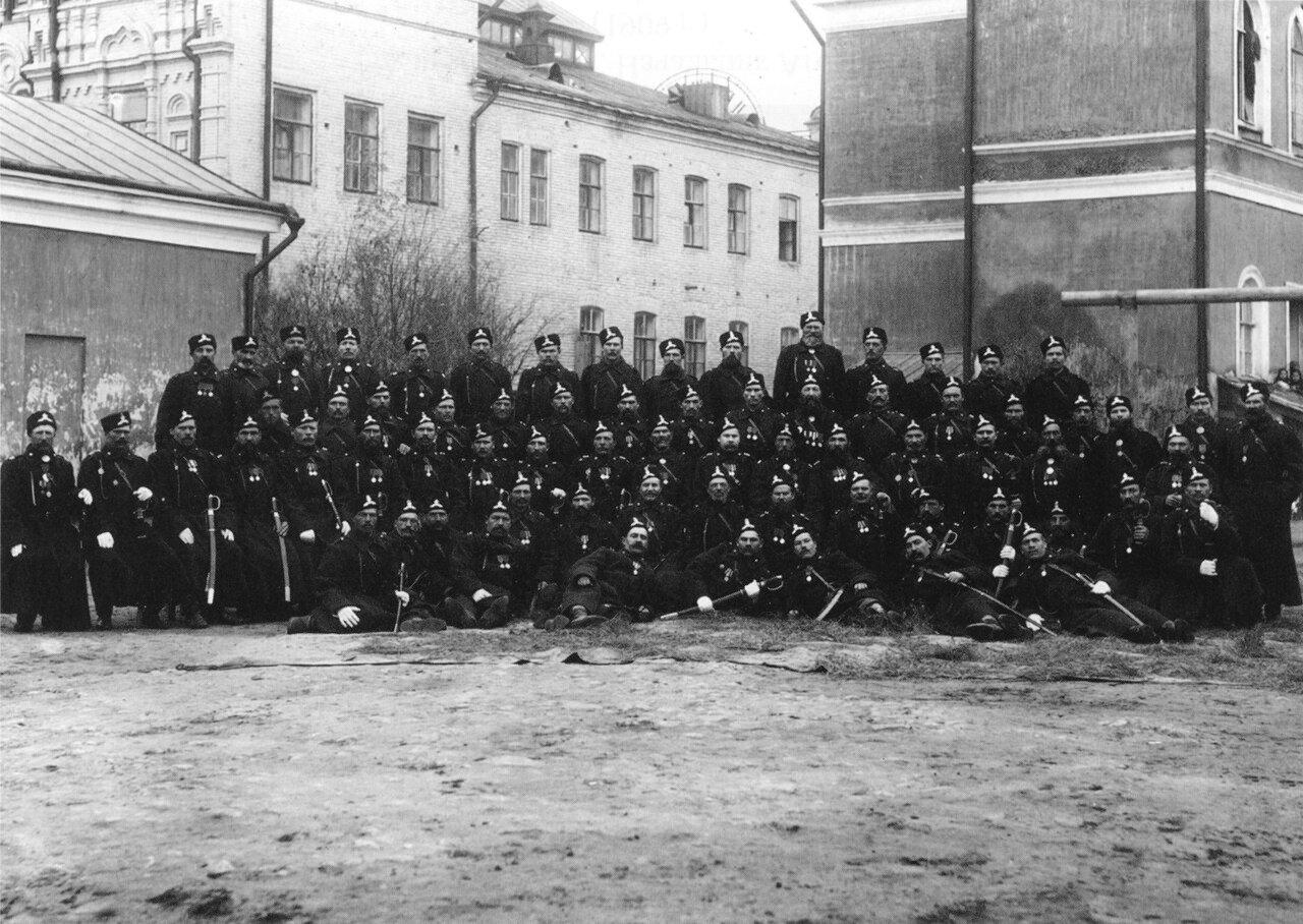 Городовые саратовской городской полиции.1909
