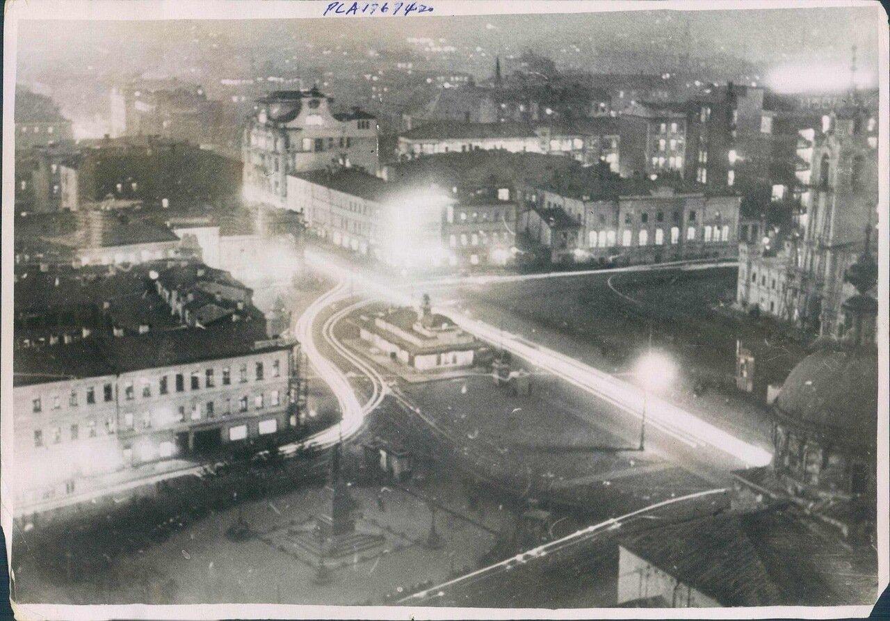 1932. Москва. Площадь Пушкина в ночных огнях