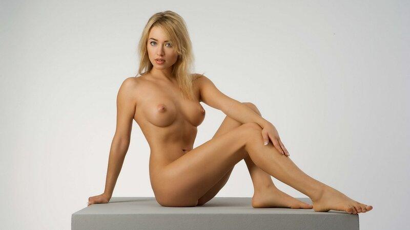 Эро фото модель