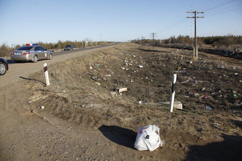 Волгоградский губернатор разозлился и обещает строго спрашивать за чистоту придорожных территорий 0_491e9_671b7e69_XL
