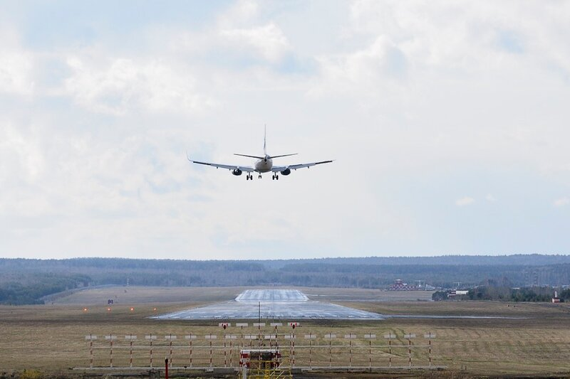 """Международный аэропорт  """"Емельяново """" объявляет о проведении официального летнего споттинга для профессионалов и..."""