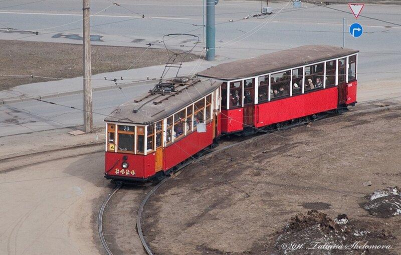 Памятный рейс в честь возобновления 15 апреля 1942 года трамвайного движения в блокадном Ленинграде