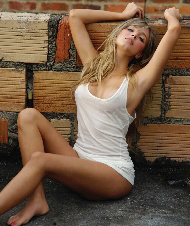 модель Элизабет Лоэйза / Elizabeth Loaiza, фотограф Rey Tuk