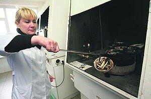В Приморье сохраняются меры радиологического контроля за ввозимой рыбопродукцией