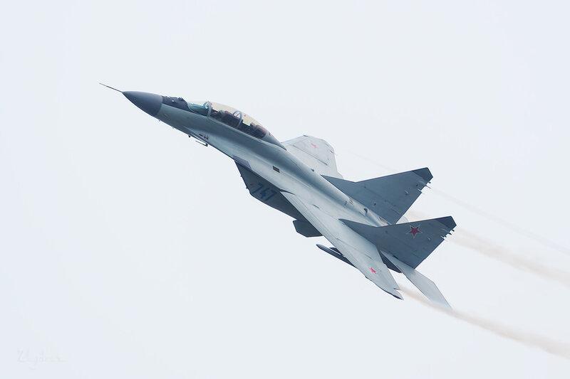 Микоян-Гуревич МиГ-29М-2 (747 синий) D802347