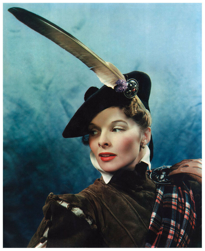 Photo James Doolittle – Katharine Hepburn as Mary, Queen of Scots, c. 1935.jpg
