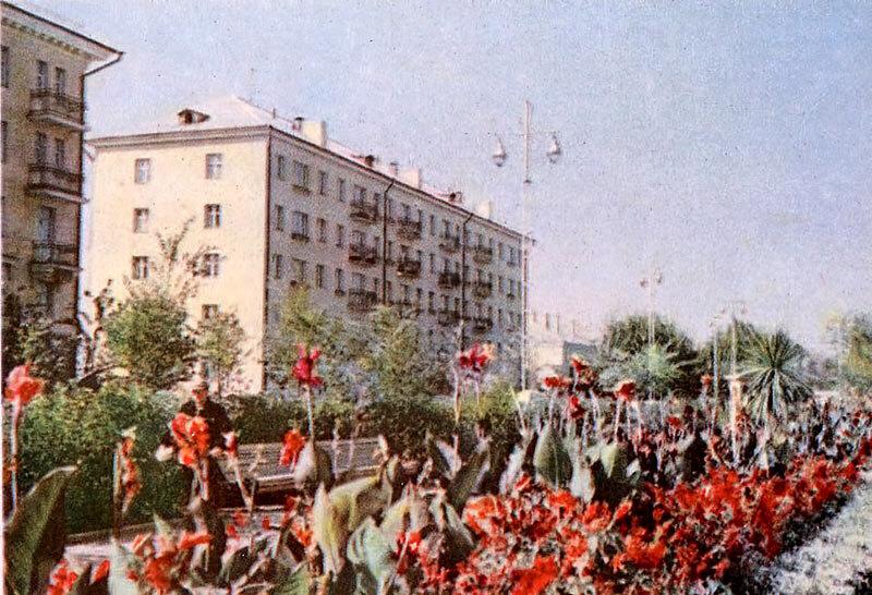 Проспект Ленина в начале 60-х, фото О. Сизова