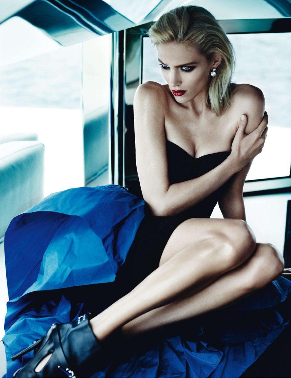 Эдита Вилькевичуте и Аня Рубик / Edita Vilkeviciute & Anja Rubik by Mario Testino in Vogue Paris october 2013