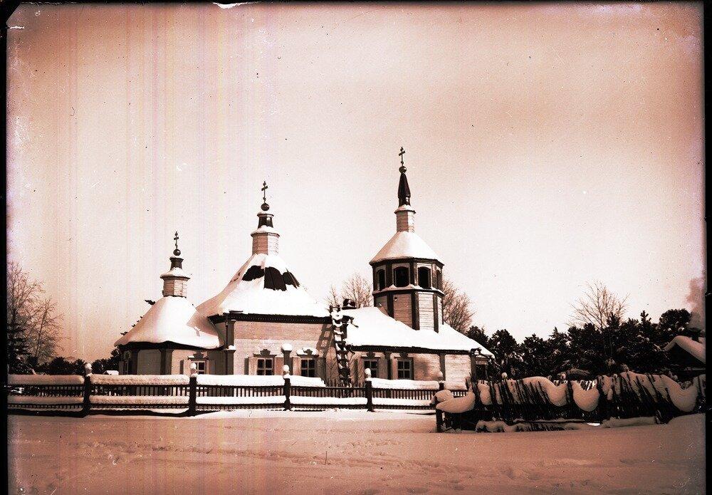 1912. Село Ларьяк. Сельский храм