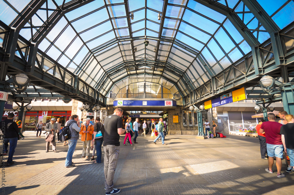 Hauptbahnhof-(11).jpg