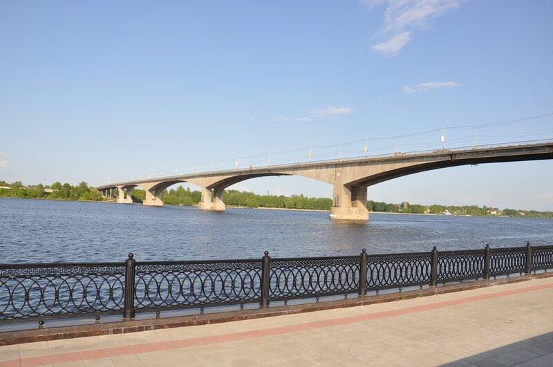 Октябрьский мост отремонтируют в течении месяца.