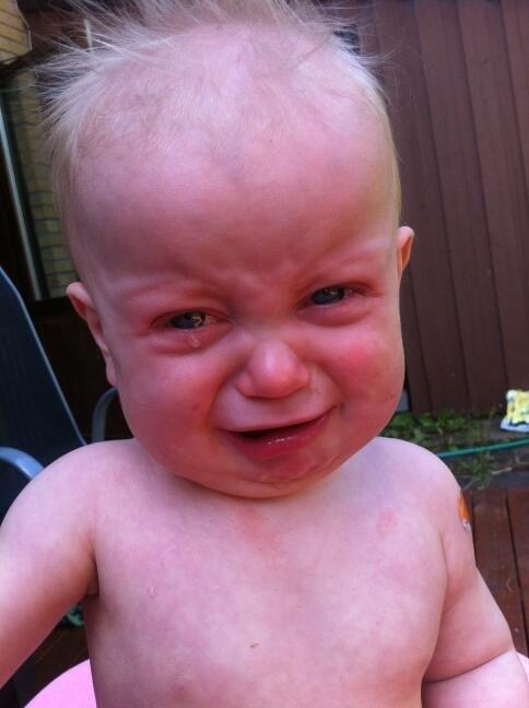 Смешные картинки дети плачут, анимации для плейкаста