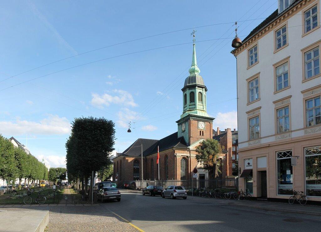 Копенгаген, площадь Святой Анны (Sankt Annæ Plads). Гарнизонная церковь (Garnisonskirken)