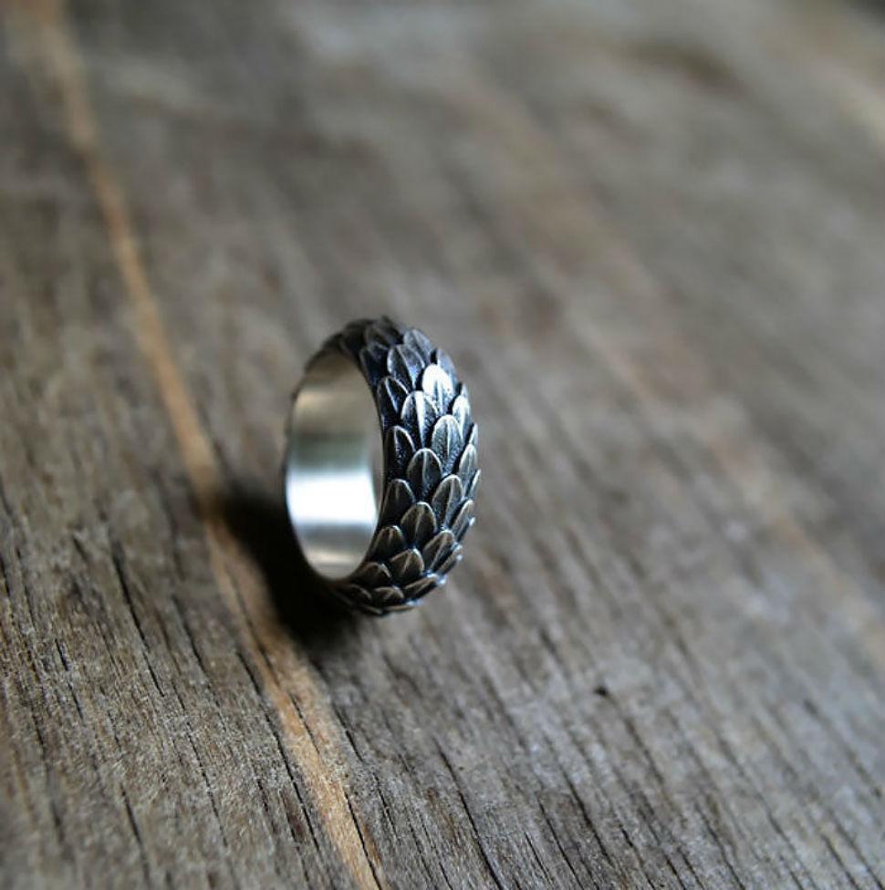 Кольцо.