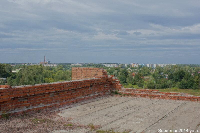 Вид с крыши заброшенного профилактория в Ликино-Дулёво