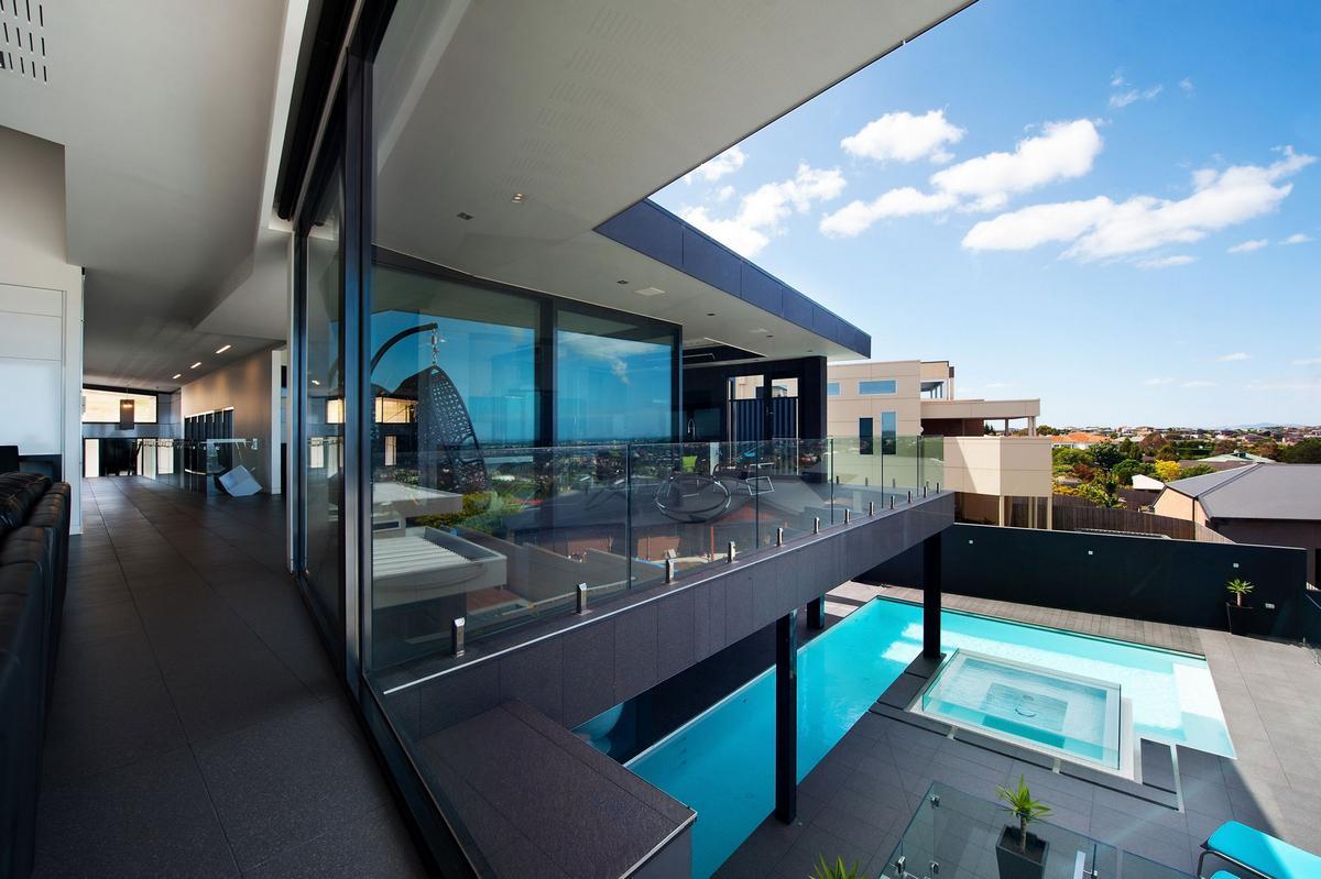 Wandana Residence, James Deans & Associates, частный дом в Джилонг, особняки Австралии, открытый дизайн интерьера, дом с видом на город