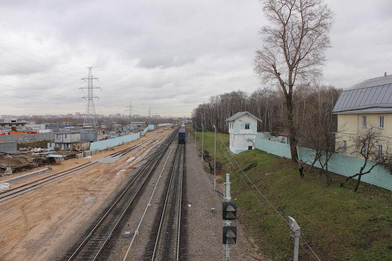 На станции Владыкино