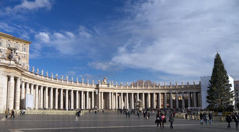 Площадь собора св. Петра
