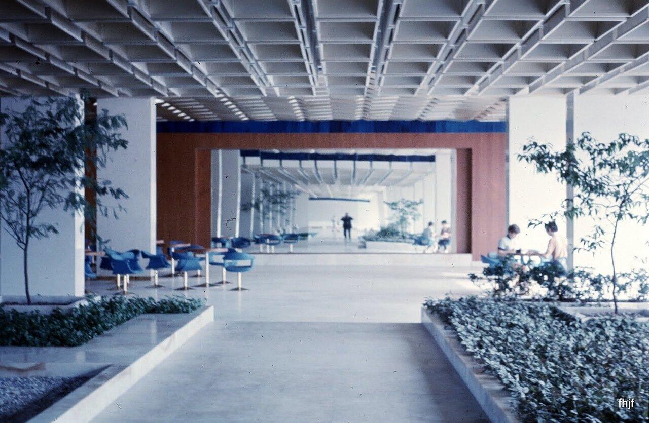 hotel corridor en route to restaurant