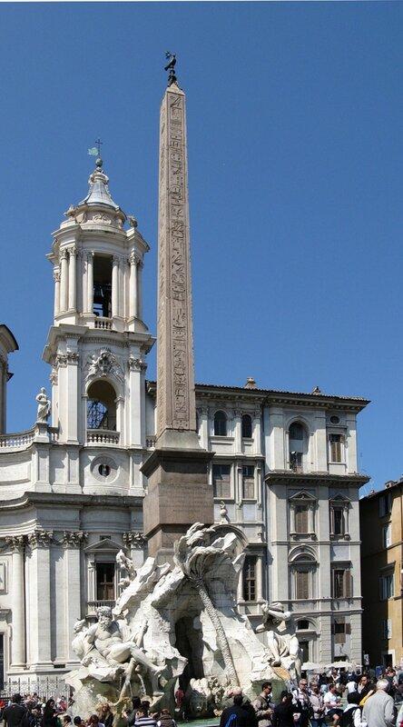 Рим. Фонтан Четырёх рек (Fontana dei Quattro Fiumi).