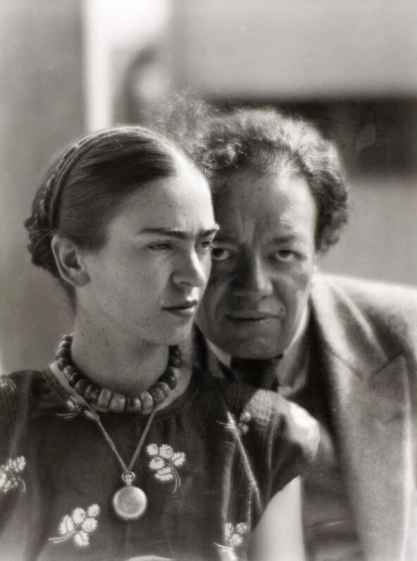 Frida Kahlo & Diego Rivera by Martin Munkacsi