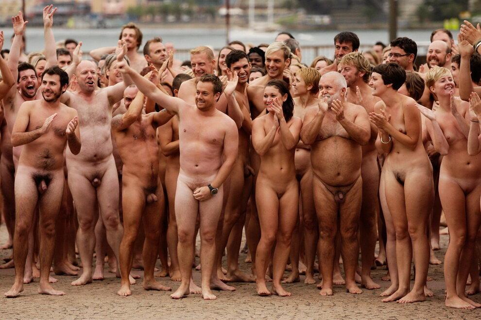 полуголая девушка видео голый люди иногда снились сны