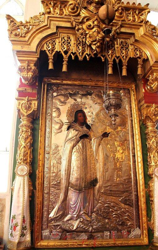 Серебряная  икона  с  изображением  святой Екатерины