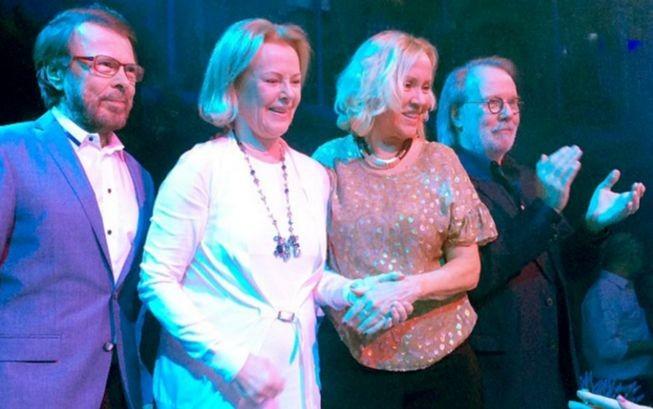 Группа ABBA воссоединилась вресторане Стокгольма