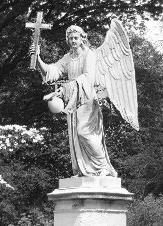 ангел на фонтане Белгородского женского монастыря, реконструкция