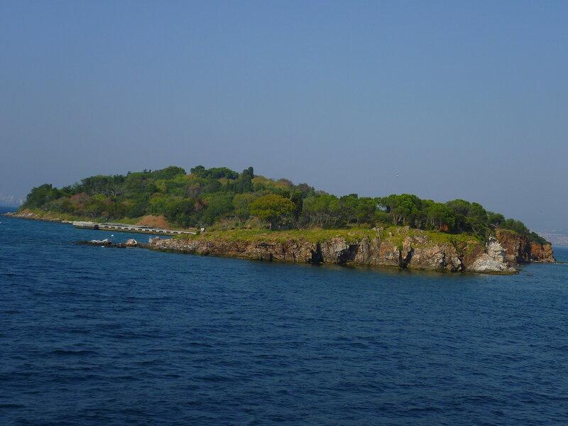 Принцевы острова около Стамбула (Princes' Islands near Istanbul).