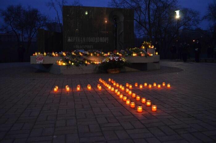 Зажги свечу! Сегодня Украина отмечает 80-ю годовщину Голодомора