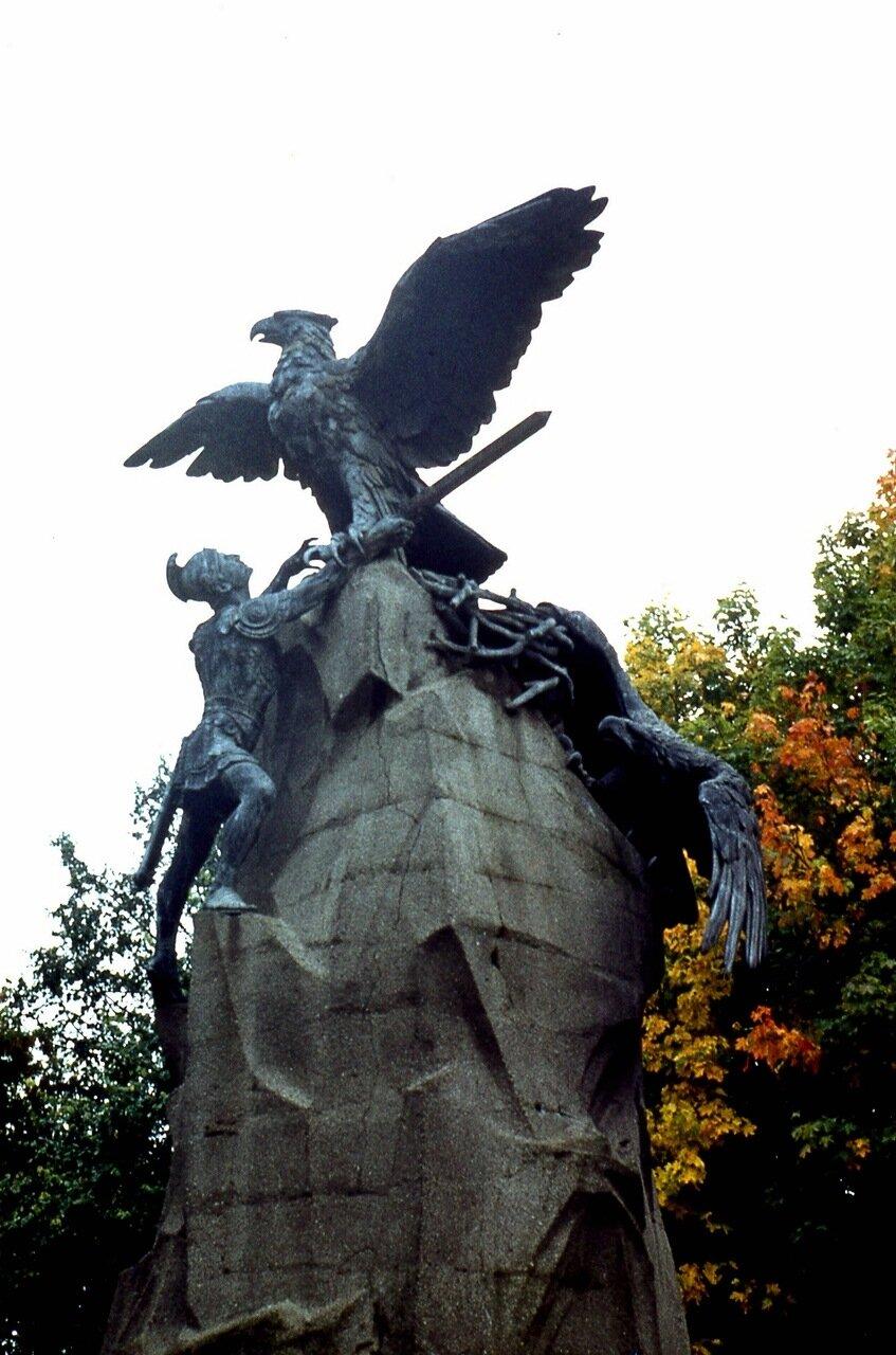 12. Памятник  героям  1812 года
