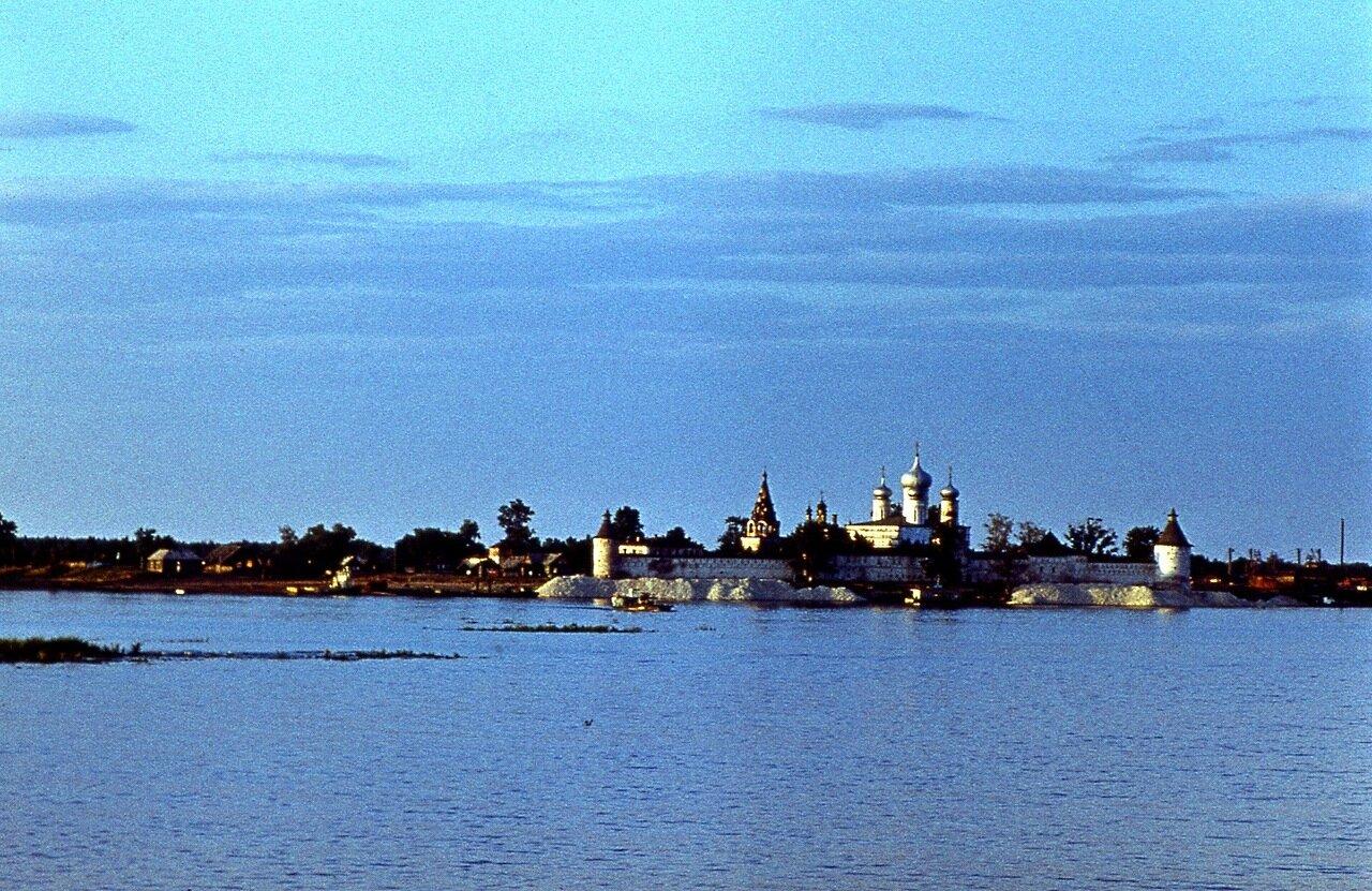 116.  Макарьев монастырь
