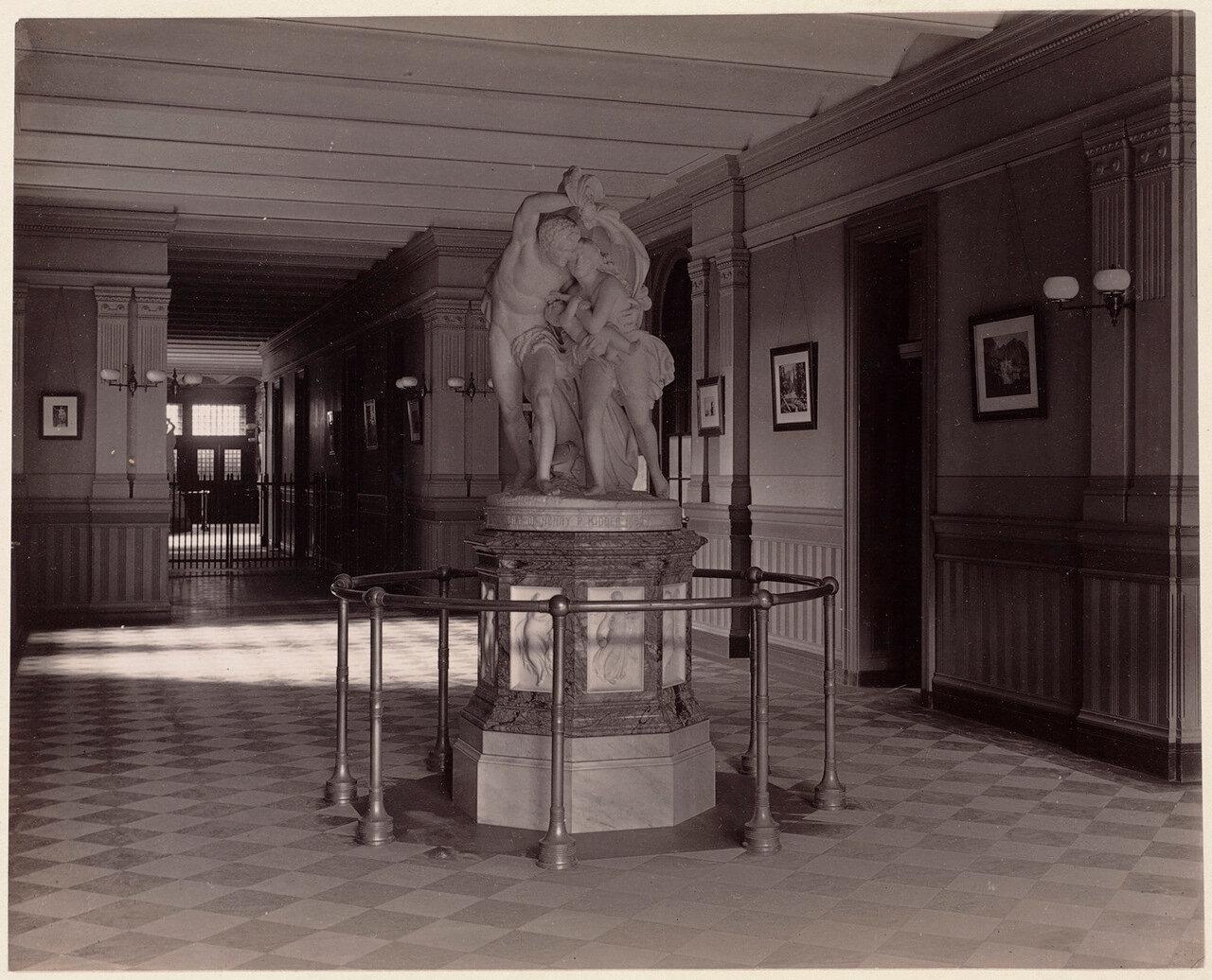 1893. Английская школа, главный зал