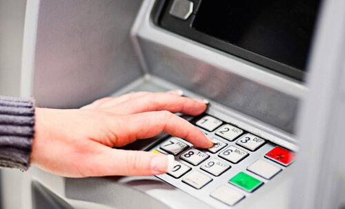 Молдаван, кравших деньги с банковских карт задержали французы