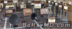 Коллекция радиоприемников на экспозиции в Доме радио