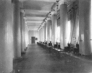 Операционный зал Государственного банка.