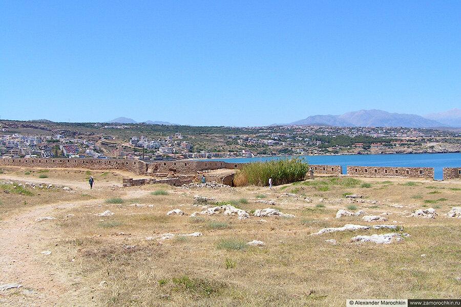 Вид к западу от крепости. Ретимно, Крит, Греция