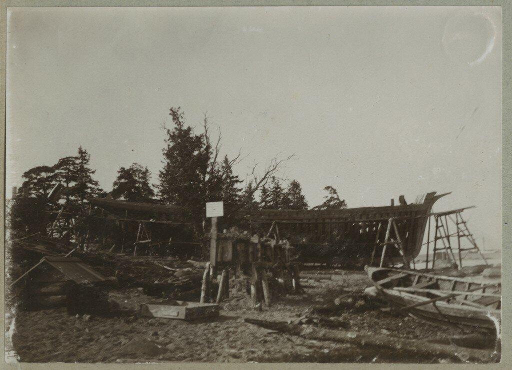 1900. Строящийся корабль