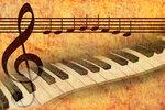 Fondo per musica pianoforte, chiave di sol e inno europeo