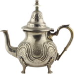 Holliewood_Topiary_Teapot1.png